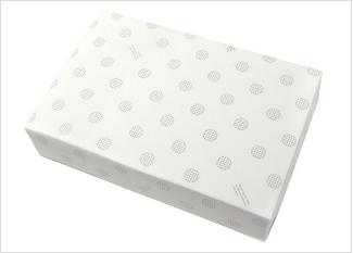 ギフトボックスと包装紙